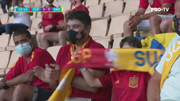 OCAZIE SPANIA! Koke trimite puternic cu exteriorul, dar balonul se duce pe langa poarta
