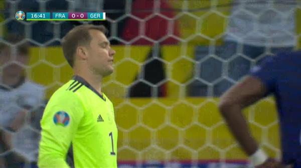 Ocazie Franta! Pogba trimite cu capul peste poarta lui Neuer