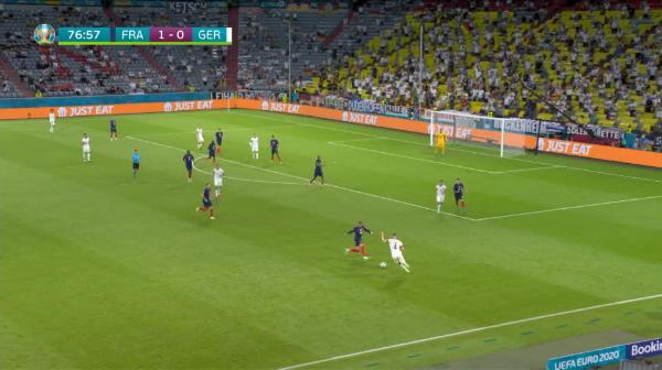 Pur si simplu, fabulos! Cursa nebuna a lui Mbappe in meciul cu Germania! A pornit din propria jumatate si l-a depasit fara probleme pe Hummels! Fundasul l-a deposedat in careu