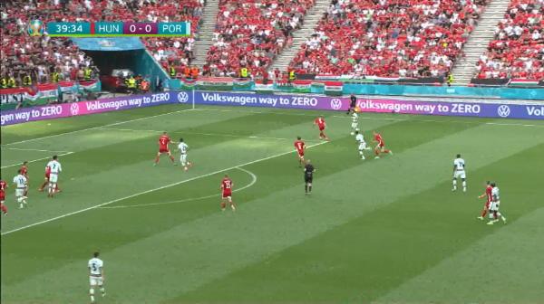 Cristiano Ronaldo, Mr. Euro! :) Portugalia s-a dezlantuit pe final cu Ungaria! Portarul, cel mai bun jucator al maghiarilor! Aici ai tot ce s-a intamplat in Ungaria 0-3 Portugalia
