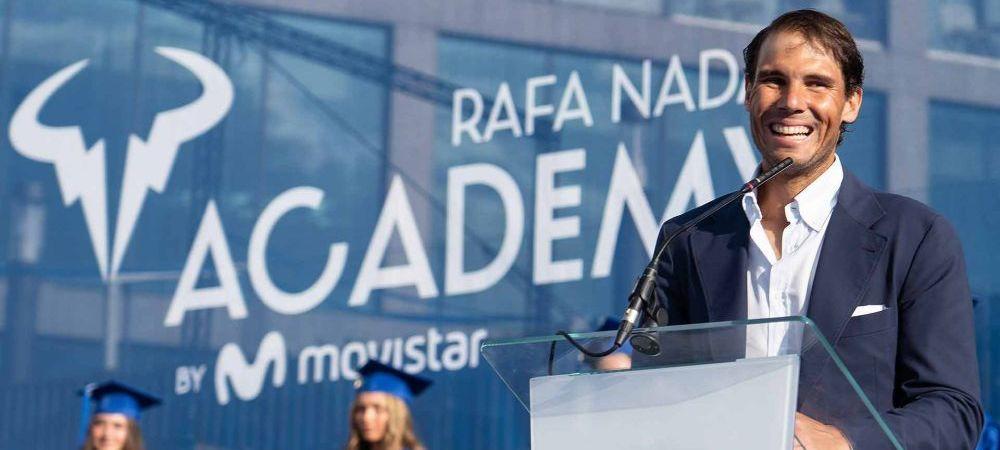 """Cum s-a facut de ras Rafael Nadal in timpul discursului de felicitare a absolventilor Academiei Rafa Nadal: """"Nu e un inceput bun, asta a fost ca si ultimul meu meci la Roland Garros!"""""""