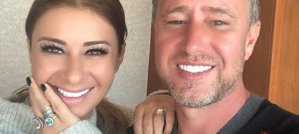 Laurentiu Reghecampf si Anamaria Prodan divorteaza dupa 13 ani de mariaj. Informatia a fost confirmata de antrenor