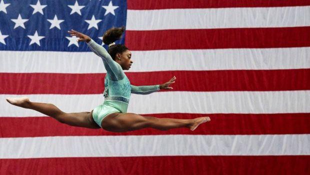 Scandal imens in SUA! Fratele gimnastei Simone Biles a fost achitat pentru o tripla crima