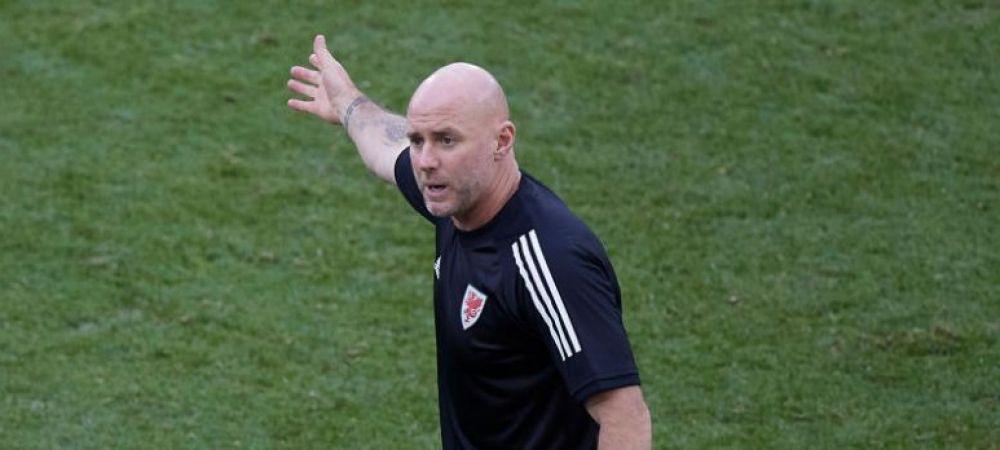 """Rob Page, selectionerul Tarii Galilor, despre """"rosul"""" acordat de Hategan in meciul cu Italia: """"O decizie dura"""""""