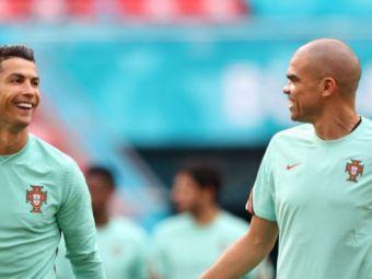 VIDEO   Cristiano Ronaldo se tine de glume! Farsa de zile mari pe care i-a facut-o lui Pepe