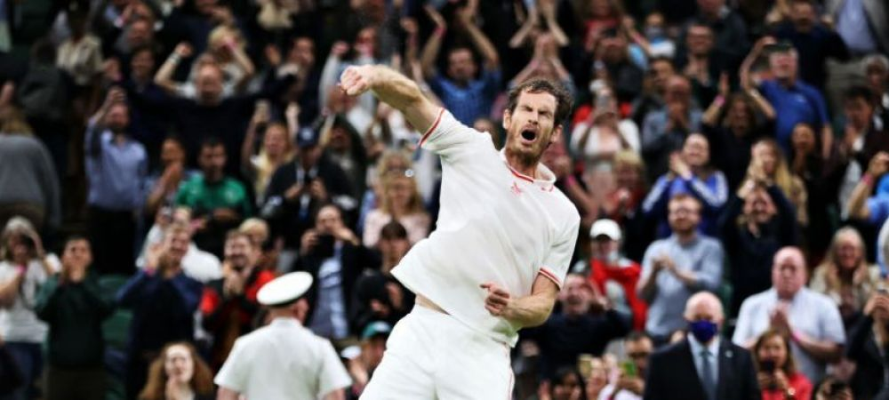 """Intrebat cum a gestionat pierderea unui set, Andy Murray a facut publicul de la Wimbledon sa rada in hohote: """"Simplu, m-am dus la toaleta, am facut un dus, un felul 1 si am revenit!"""""""