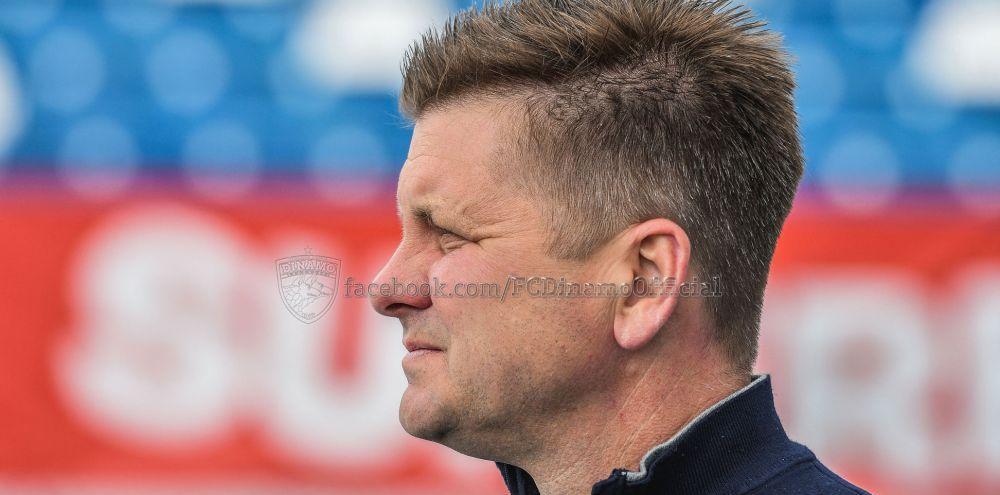 BREAKING NEWS | Dusan Uhrin s-a saturat! Antrenorul care a salvat-o pe Dinamo de la retrogradare sezonul trecut a plecat din