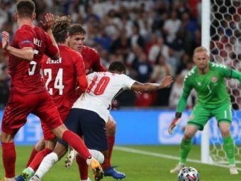 S-au simtit prea ca 'acasa'?! :) Penalty controversat pe Wembley dupa ce Sterling a cazut in careu