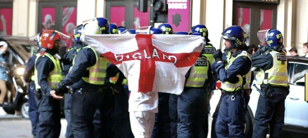 """Unii ii acuza ca sunt favorizati de UEFA, dar englezii sunt furiosi: """"Este o experienta oribila, o mizerie!"""" Ce i-a suparat inaintea finalei"""