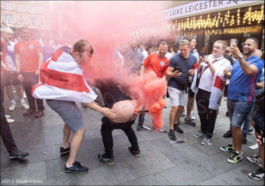 Suporterii englezi s-au dezlantuit pe strazile din Londra! Cele mai idioate imagini de la Campioanatul Euro