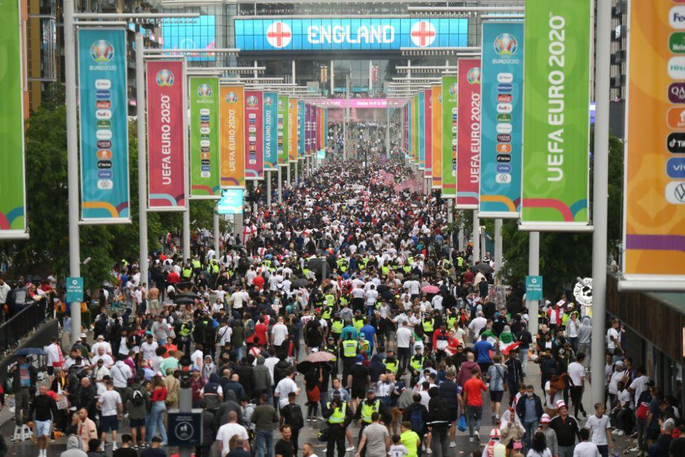 Incidentele pe care suporterii englezi le-au facut inaintea finalei inca au ecou, iar UEFA a deschis o noua ancheta!