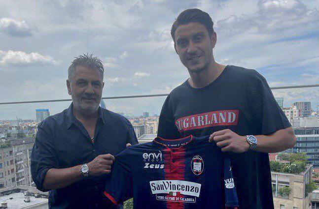 Ionut Nedelcearu a plecat de la AEK Atena! Fundasul roman a semnat cu o echipa din Italia