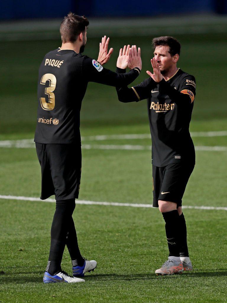 Gerard Pique, Sergio Busquets, Sergi Roberto si Jordi Alba, obligati sa renunte la bani pentru ca Messi sa poata semna cu Barcelona