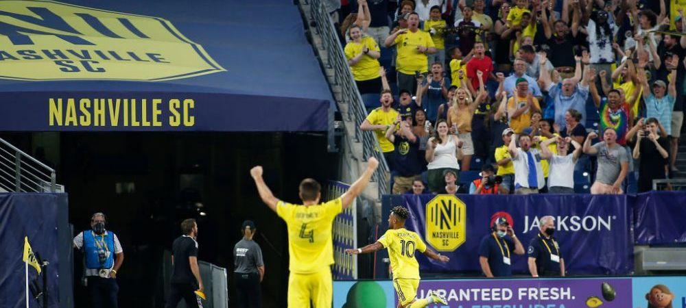 "Lewandowski, tu esti?! Hattrick in doar 6 minute al unui jucator german! Ultimul gol, o adevarata ""bijuterie"""