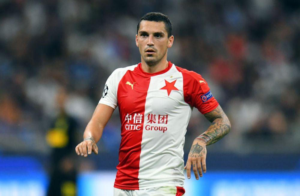 Soarta unui club din România depinde de transferul lui Nicolae Stanciu. Și-au amânat reunirea și speră într-o minune
