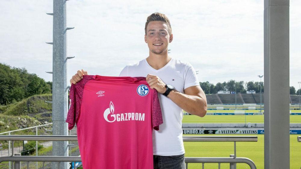 """""""Cel mai slab jucător din istoria lui FC Botoșani"""" a semnat cu Schalke! Nemții au făcut anunțul"""