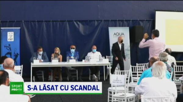 """Scandal la FRT în timpul Adunării Generale! Imagini incredibile petrecute în fața lui Ion Țiriac: """"Oprește ședința!"""""""