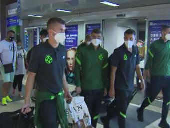VIDEO |FCSB s-a întors în țară. Imagini de pe aeroport cu elevii lui Todoran după eliminarea din cupele europene