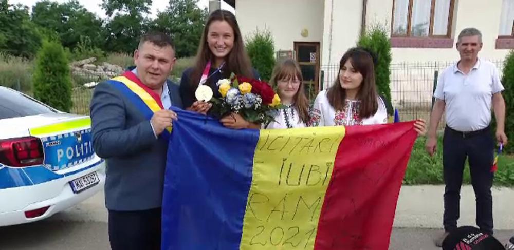 Toată lumea petrece de câteva zile în comuna Avrămeni, din Botoșani după ce Simona Radiș a luat aurul olimpic!