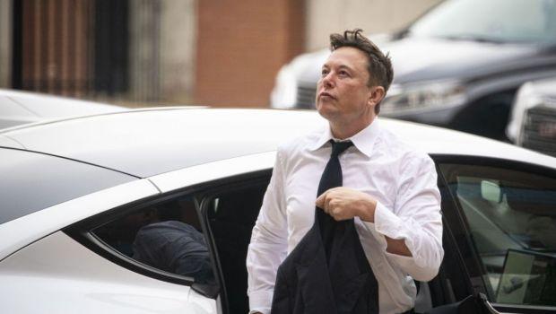 Propunere ireala pentru Elon Musk! I s-au oferit milioane de dolari să regizeze și să apară într-un film pentru adulți