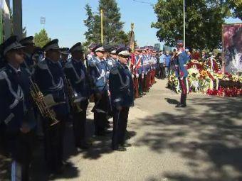 Sute de persoane și-au luat rămas bun de la Ivan Patzaichin, la sediul CS Dinamo