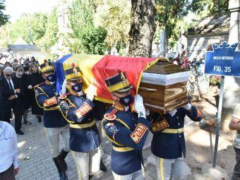 Ivan Patzaichin, înmormântat cu onoruri militare! 400 de oameni l-au condus pe ultimul drum