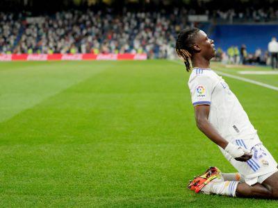 ¡Comenzó con un gol!  Kamavinga anotó seis minutos después de entrar al campo.  Real ganó 5-2