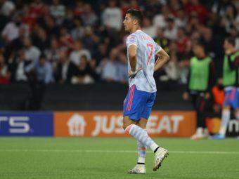 Reacția lui Cristiano Ronaldo după înfrângerea cu Young Boys. Manchester United a pierdut în ultimul minut