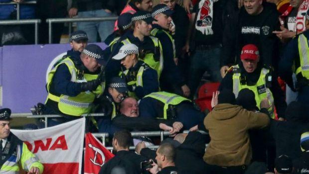 Scandal pe Wembley! Suporterii maghiari s-au luat la bătaie cu polițiștii britanici