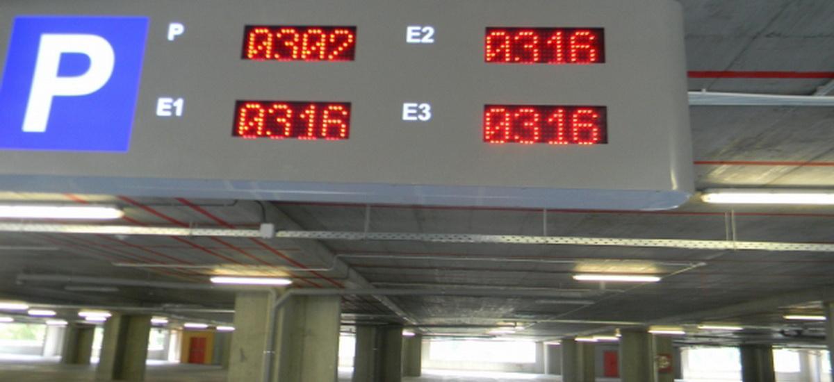 De ce nu e functionala parcarea de la National Arena